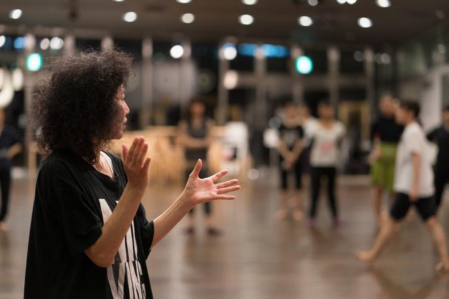 安藤洋子 ダンス&コンテンポラリーダンスワークショップ 2018年4~9月/象の鼻テラスのサムネイル画像1